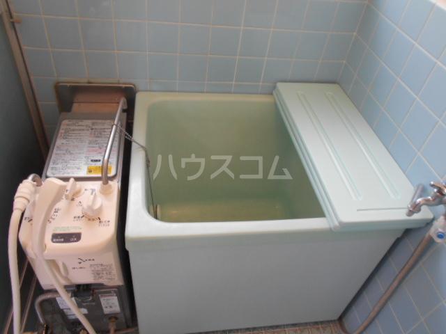 ひかりコーポ 202号室の風呂