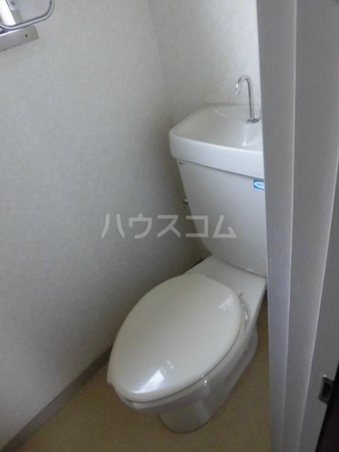 パークホームズA 102号室のトイレ
