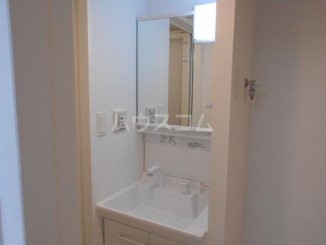 リヴシティ大泉学園 214号室の洗面所