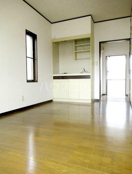 サンハイツフジ 201号室の居室