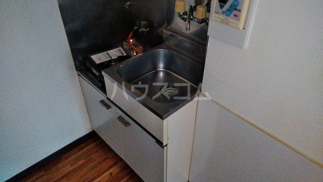 フジモリハイツ 201号室のキッチン