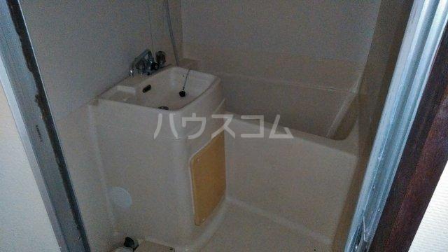 フジモリハイツ 201号室の風呂