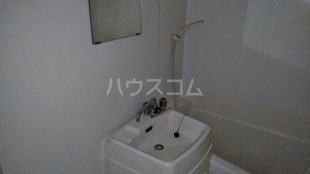 フジモリハイツ 201号室の洗面所