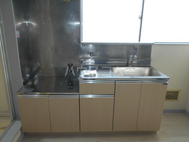 めぐみコーポ 201号室のキッチン