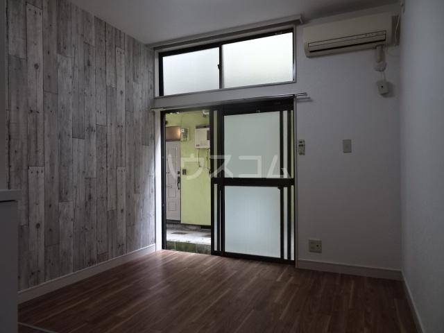 クレール1 114号室のリビング