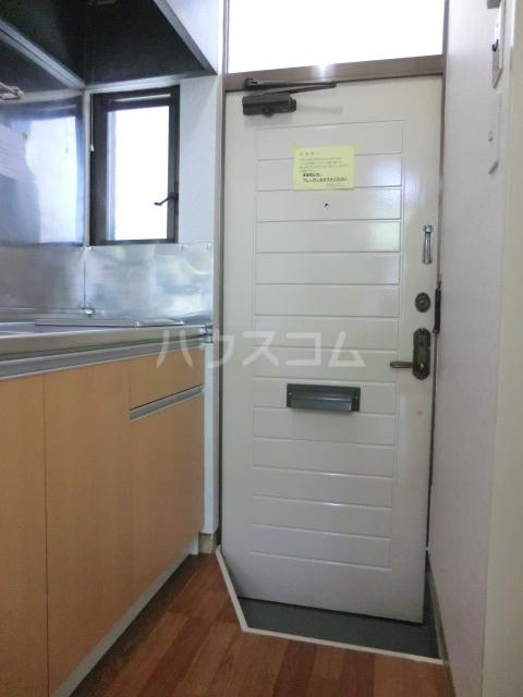クレール2 216号室の玄関
