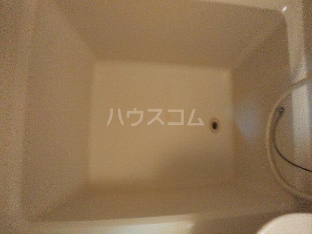 アゼリアハイツ 103号室の風呂
