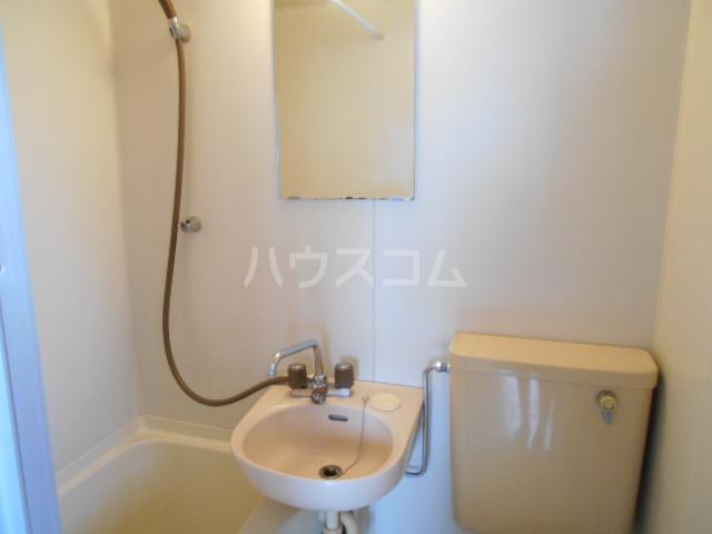 三澤ハイツ 305号室の洗面所
