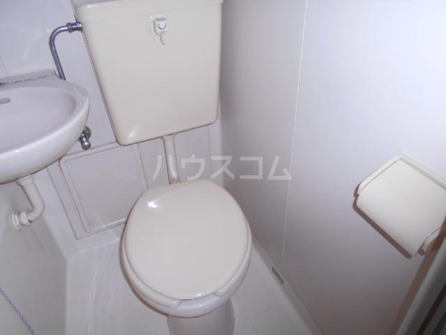 コーポウィンズ府中 207号室のトイレ