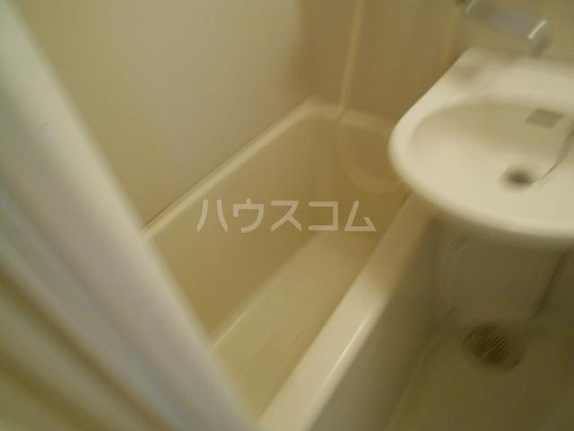 コーポ種松 201号室の風呂
