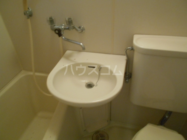 コーポ種松 201号室の洗面所