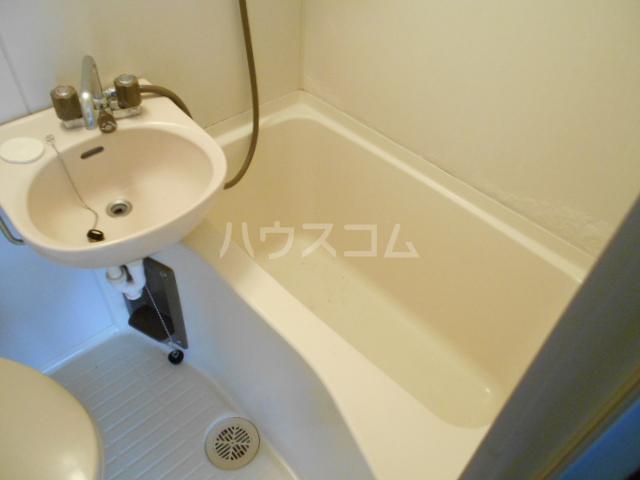 三澤ハイツ 202号室の風呂