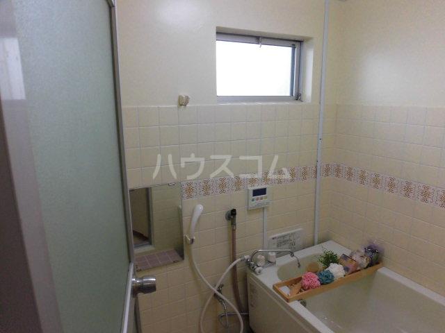 グリーンコーポラス 102号室の風呂
