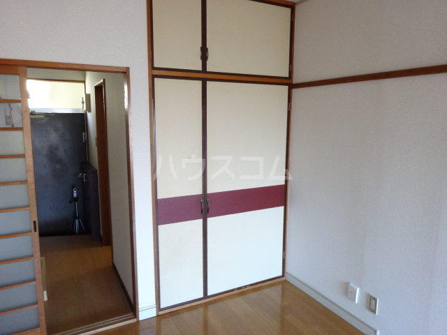 コーポ市瀬NO1 205号室の収納