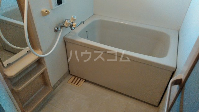 プリムラコート 205号室の風呂