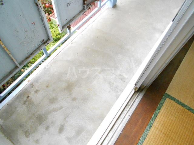 カーサ三岡 206号室のバルコニー