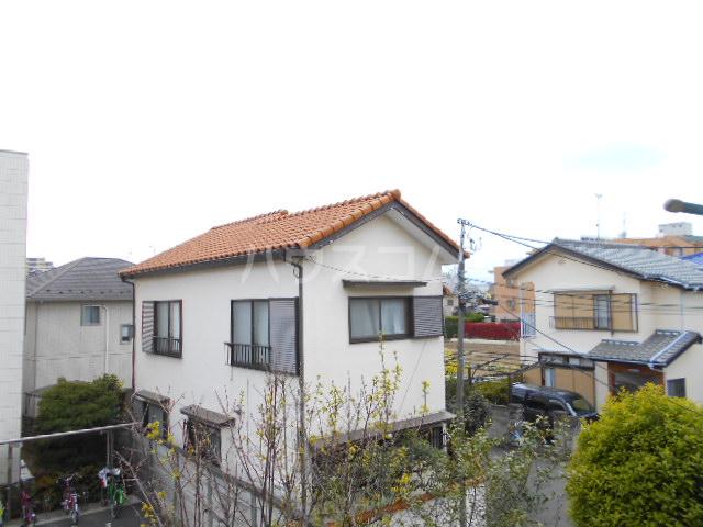 カーサ三岡 206号室の景色