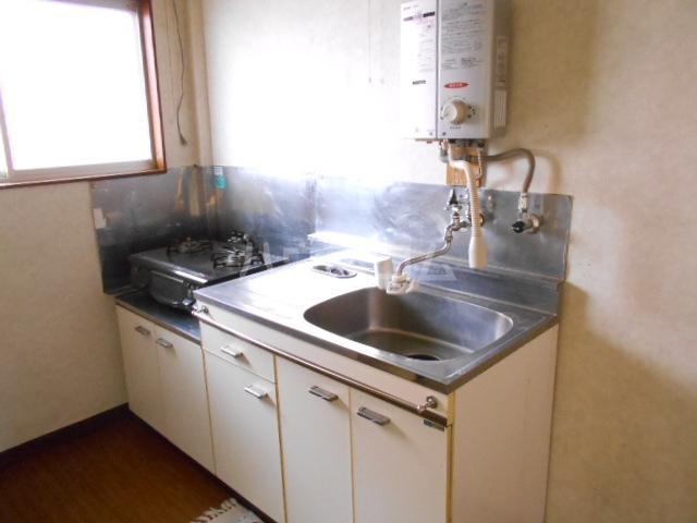 カーサ三岡 206号室の洗面所