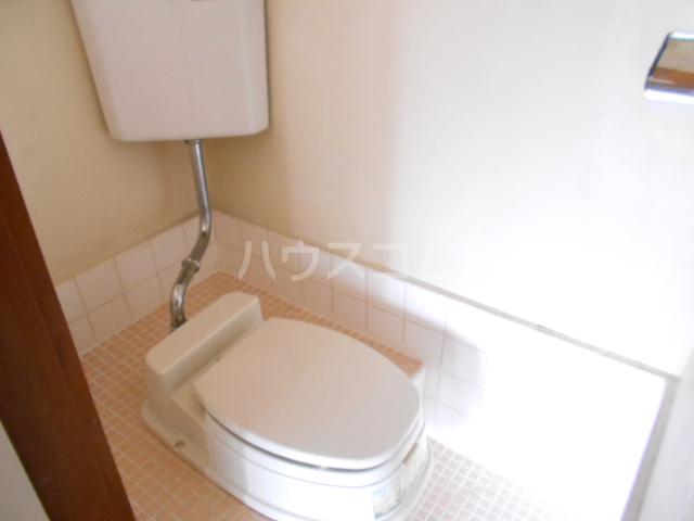 カーサ三岡 206号室のトイレ