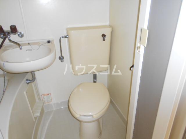 グリーンユースコーポ 105号室のトイレ