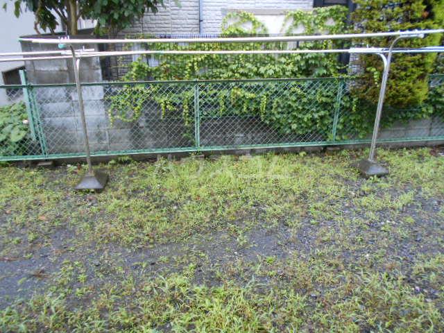 グリーンヒル 103号室の庭