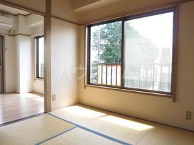 Mビル 3-D号室の居室