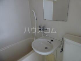 プラムハイツ 205号室の風呂