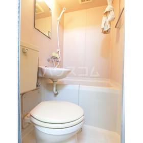 武蔵台ハイムB 202号室のトイレ
