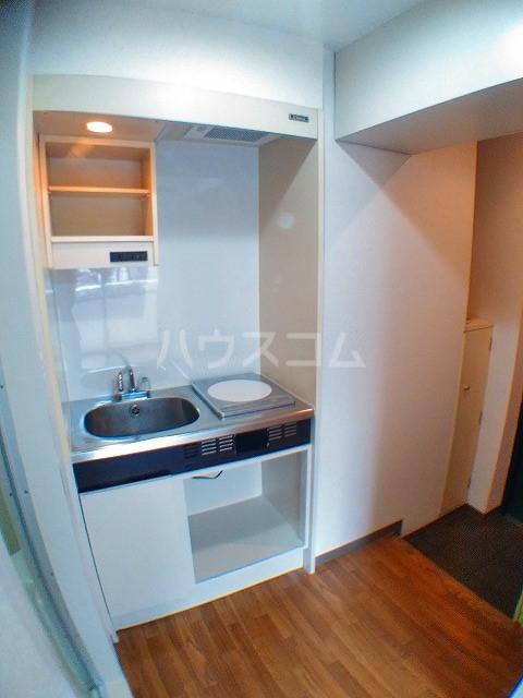 サウザンド2 101号室のキッチン