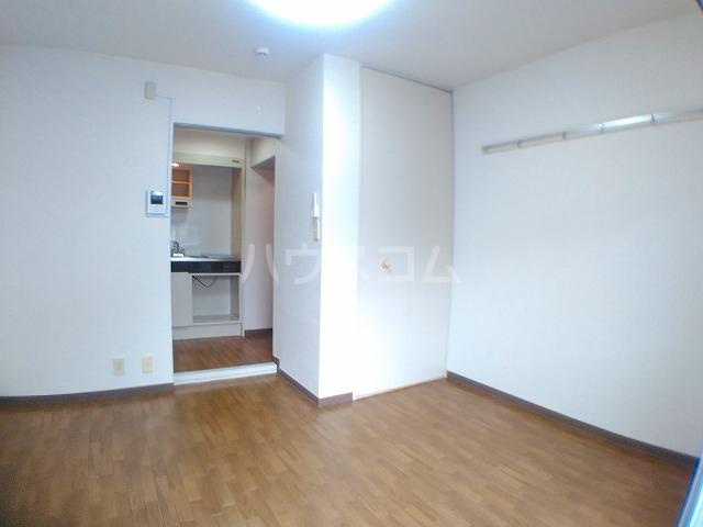 サウザンド2 101号室の居室