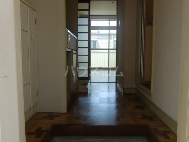 さつきコーポ 105号室の玄関