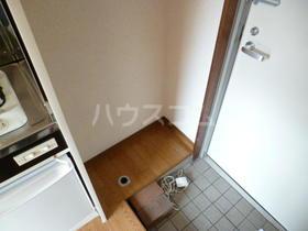 Mハイツ 203号室の玄関