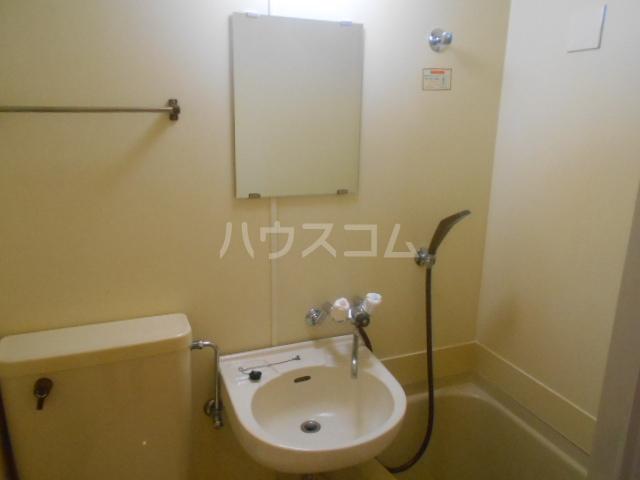 サウザンド2 206号室の洗面所