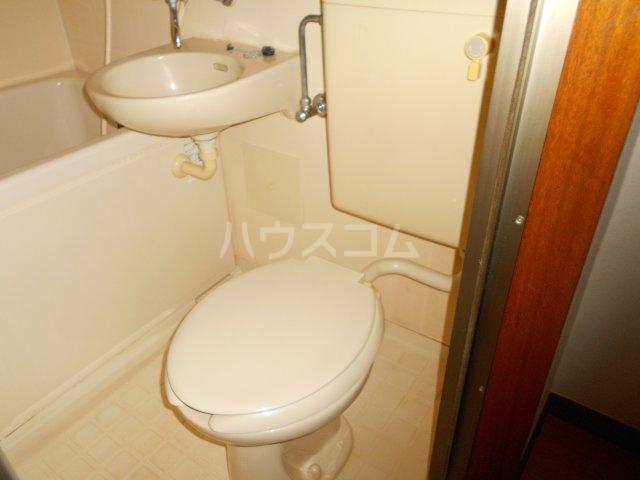 コーポ萩 201号室のトイレ
