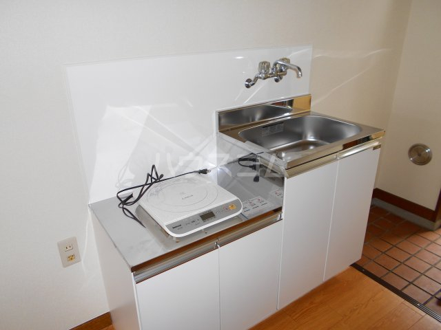 コーポ萩 201号室のキッチン