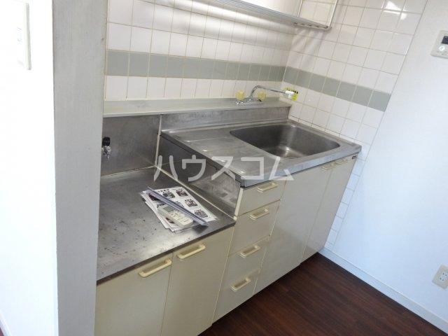 トゥイナーハウス 303号室のキッチン