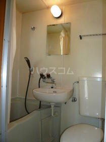 ニューコーポ 2号室の洗面所