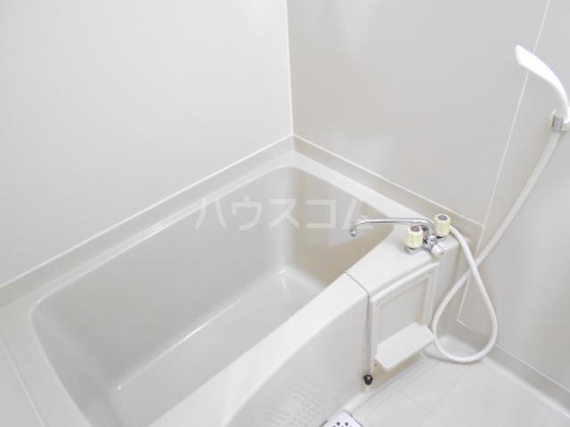 ハイツウェスターリア 102号室の風呂