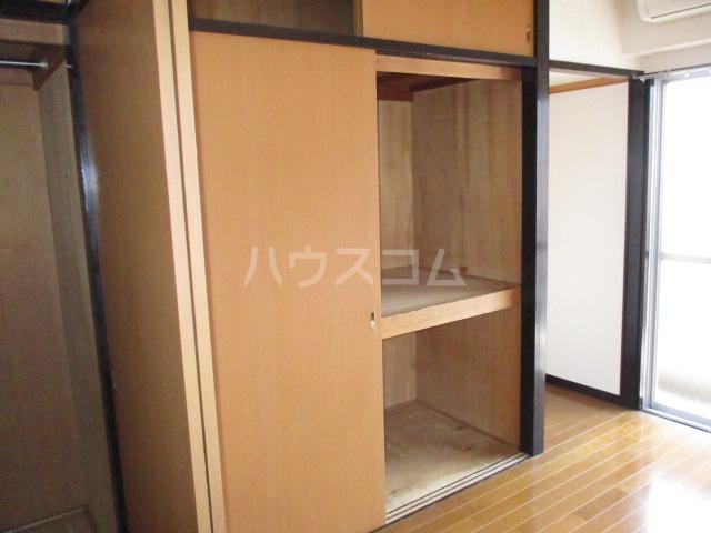 コーポ今井 2-B号室の収納