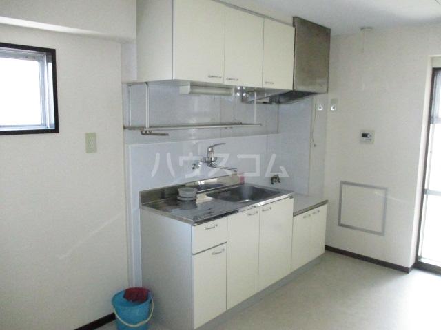 コーポ今井 2-B号室のキッチン