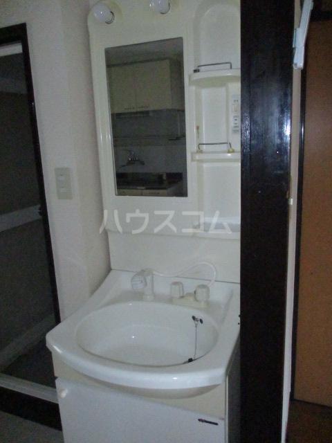 コーポ今井 2-B号室の洗面所
