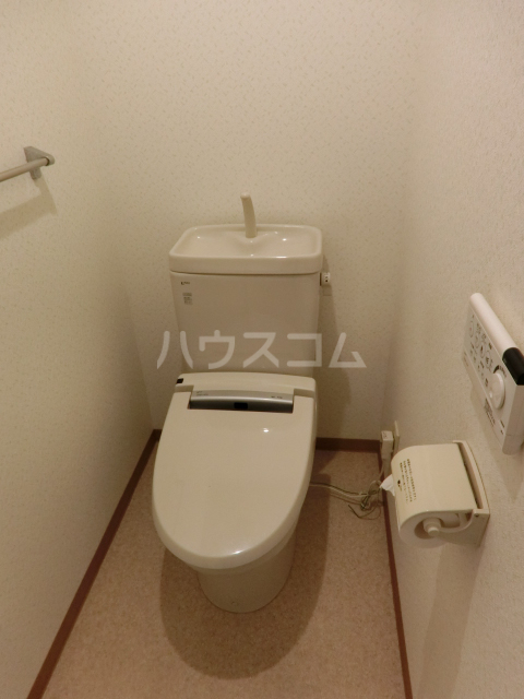 千種グリーンハイツ南館 301号室のトイレ