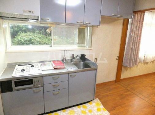 本町台ハイツ 101号室のキッチン