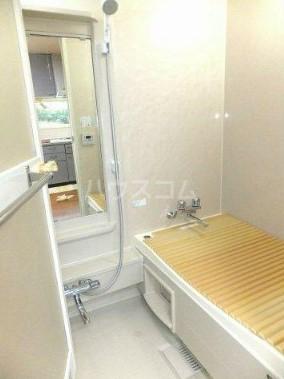 本町台ハイツ 101号室の風呂