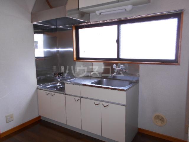 川口コーポ 302号室のキッチン