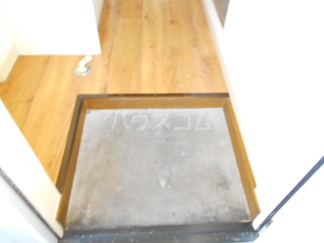 ハイツアロー 203号室の玄関