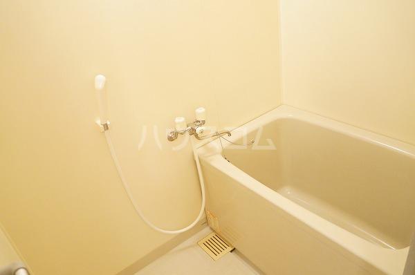 フォーレスト 103号室の風呂