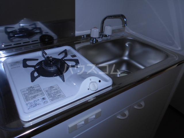 メモリエ府中 201号室のキッチン