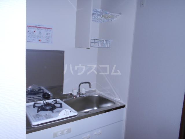 メモリエ府中 203号室のキッチン