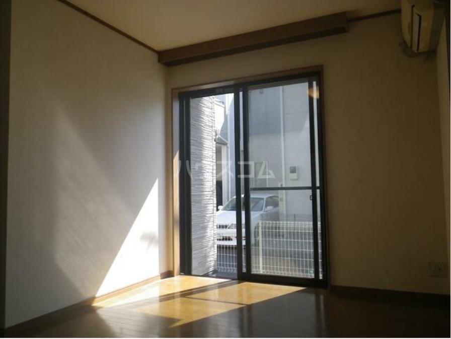 メルベーユ 1号室のバルコニー